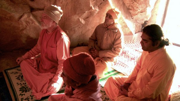 YSS, SRF monks Babaji's cave