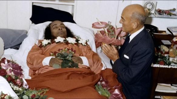 Has Our Guru Appeared To You Since He Left His Body Daya Mataji Answers Yogananda Site