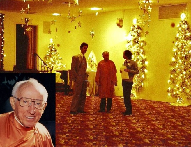 Brother Bhaktananda India Hall Christmas trees insert.