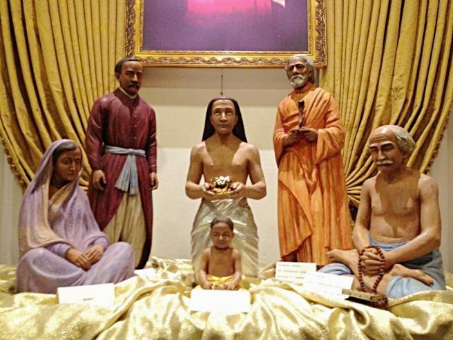 gurus-visit-child-yogananda-sm_fotor