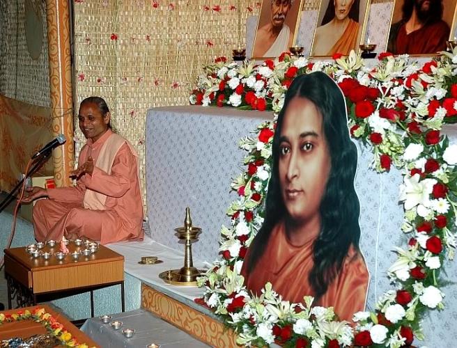 m-on-indian-altar_fotor2