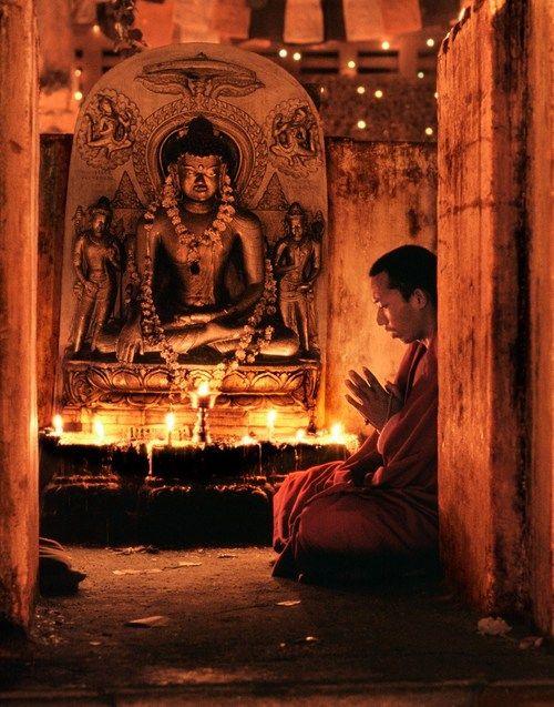 bodh gaya candles monk