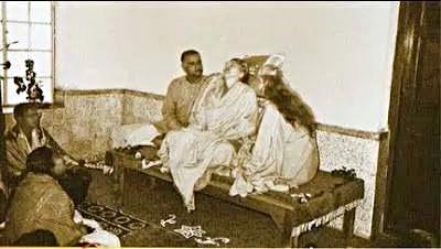 samadhi Mirabai, Sri Sen, Shyamananda, Mri Ma_Fotor