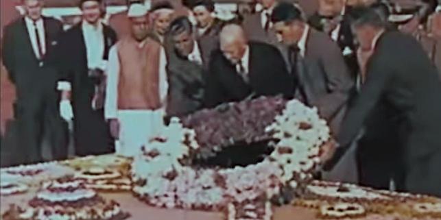 Gandhi Eisenhower 2_Fotor